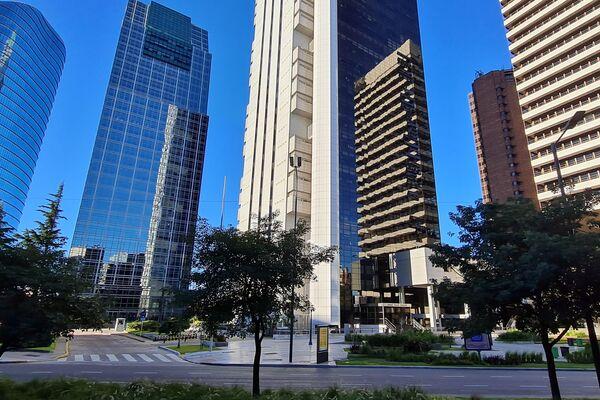 El barrio de Retiro y El Bajo, zona de torres corporativas y alta conectividad de transporte - Sputnik Mundo