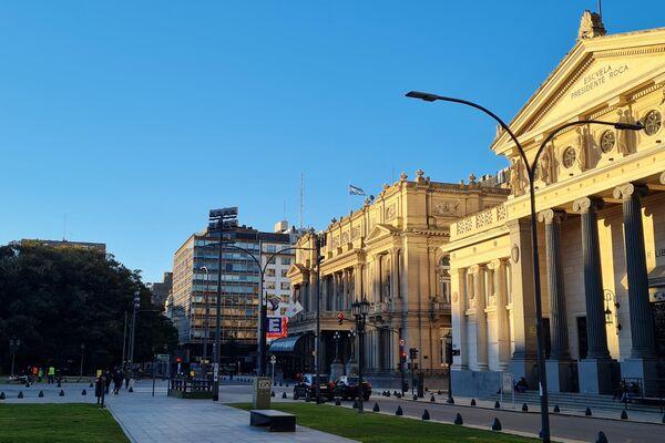 El área del palacio de Tribunales y el Teatro Colón, escenas de una ciudad fantasma - Sputnik Mundo