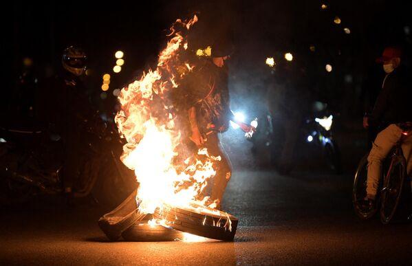 Desde que se inició la jornada de protestas en Colombia, más de 50 personas han muerto durante las manifestaciones, según denuncias de organizaciones defensoras de derechos humanos. - Sputnik Mundo