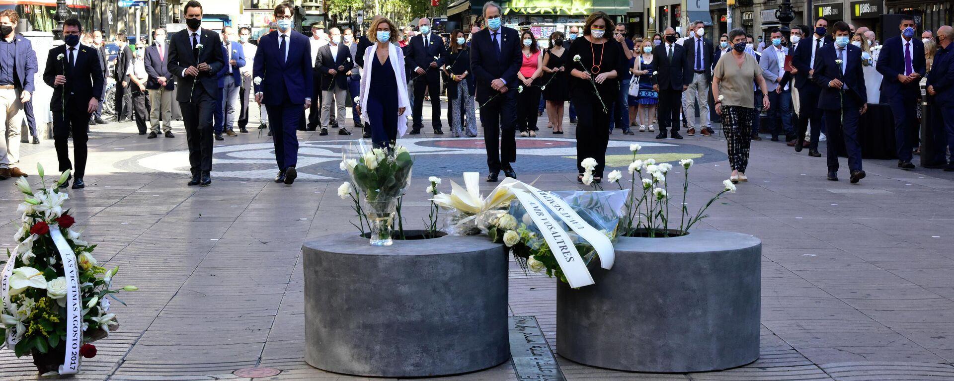 Homenaje a las víctimas de los atentados de Cataluña - Sputnik Mundo, 1920, 27.05.2021
