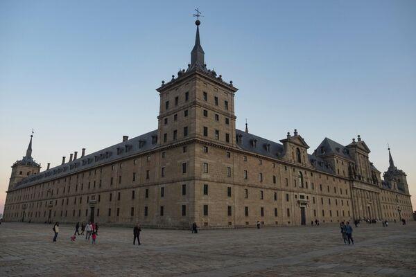 Real Monasterio de San Lorenzo del Escorial (Madrid) - Sputnik Mundo