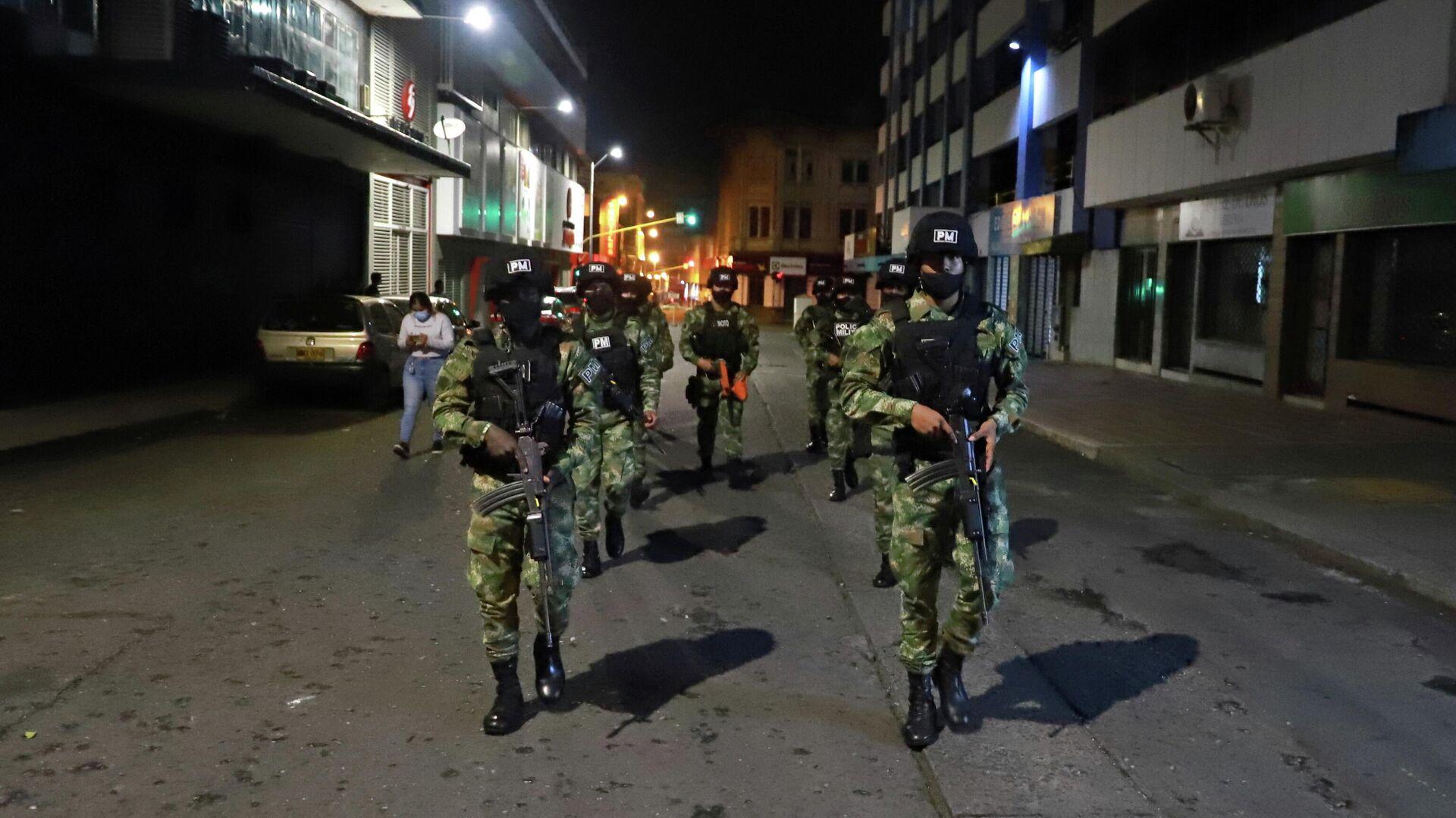 Cuerpos de la Policía Militar en Cali (Colombia) - Sputnik Mundo, 1920, 31.05.2021