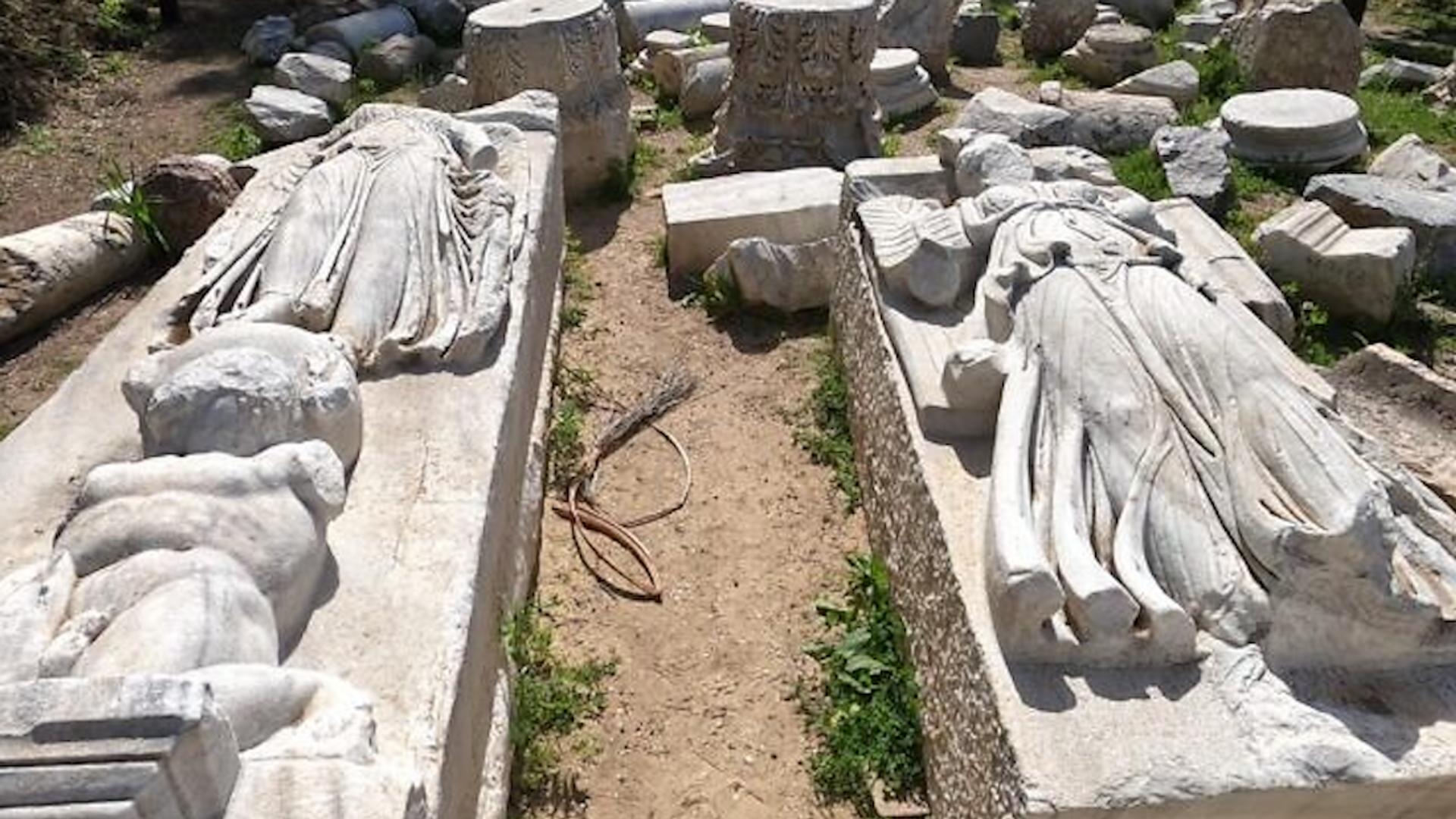 Estatuas encontradas durante la excavación de una basílica en Ascalón, Israel  - Sputnik Mundo, 1920, 01.06.2021