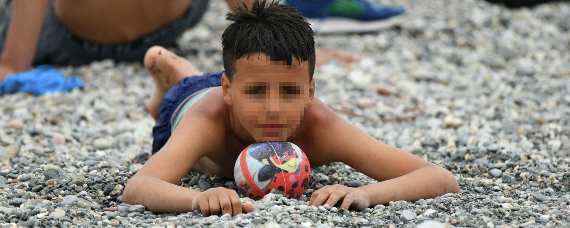 Un menor de edad llegado a Ceuta el 18 de mayo - Sputnik Mundo, 1920, 01.06.2021
