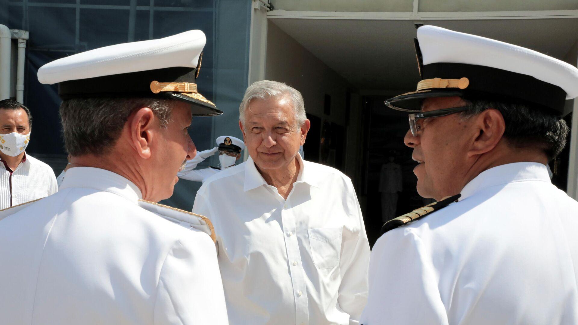 El presidente de México, Andrés Manuel López Obrador, durante el acto de integración definitiva de la Marina Mercante con la Armada - Sputnik Mundo, 1920, 01.06.2021