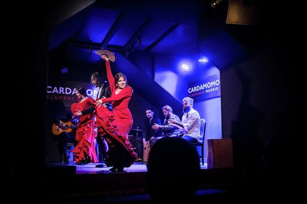 Actuación flamenca en el tablao Cardamomo, en el centro de Madrid - Sputnik Mundo