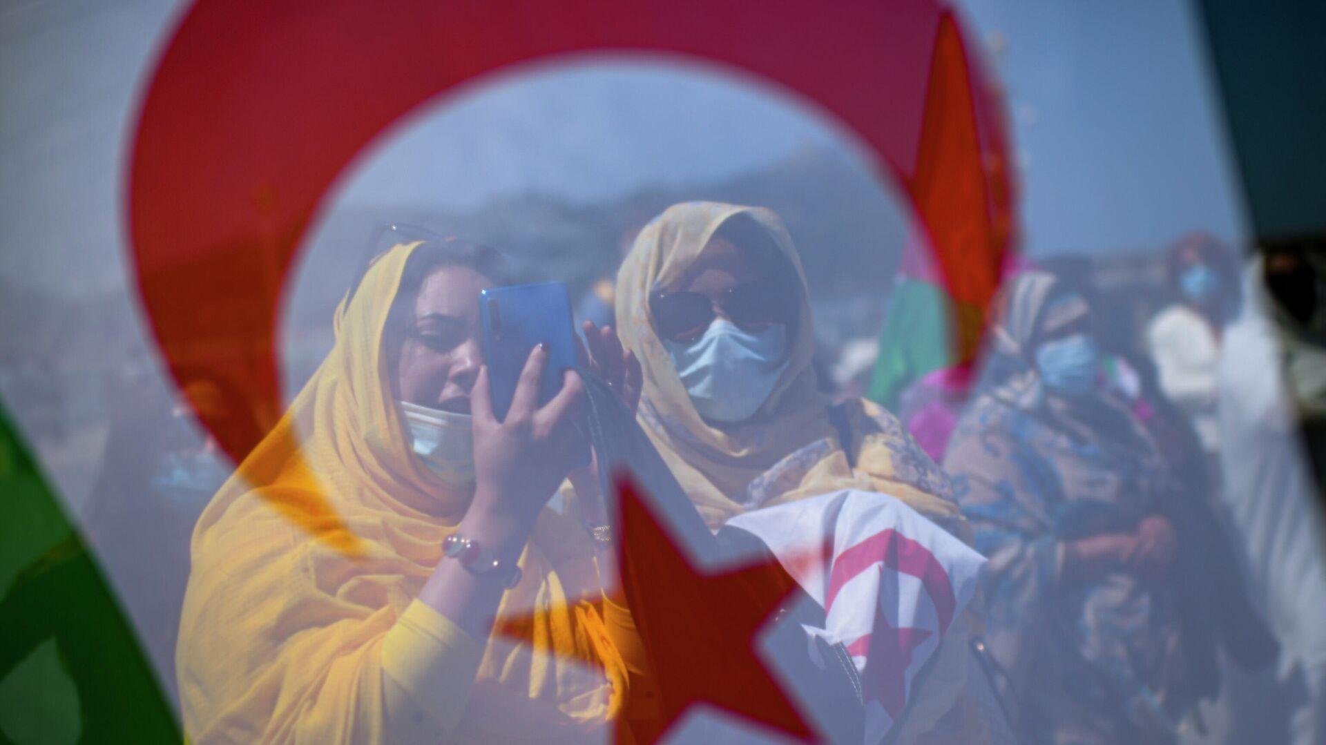 Manifestantes saharauies - Sputnik Mundo, 1920, 03.06.2021