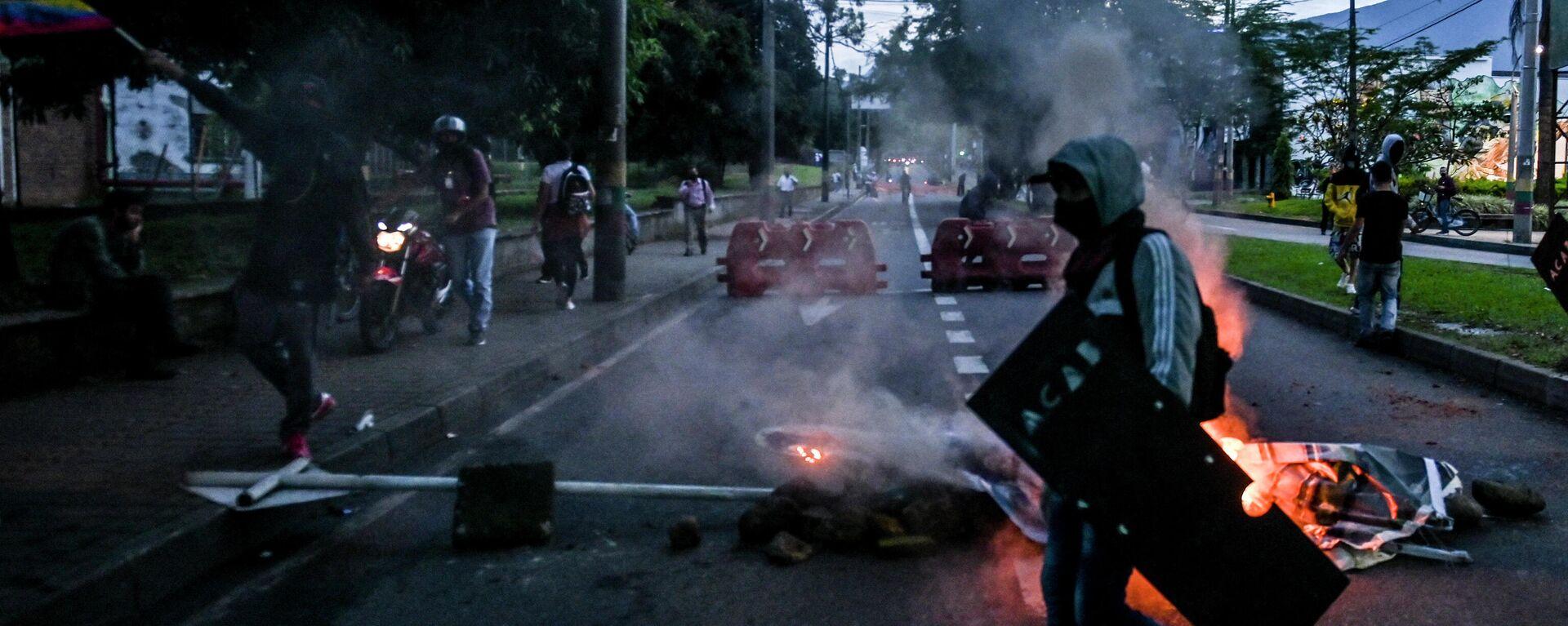 Carretera bloqueada en Medellín, Colombia - Sputnik Mundo, 1920, 02.06.2021