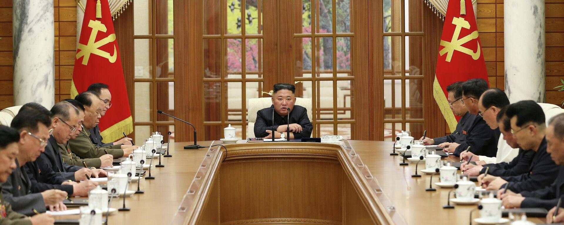 El líder de Cores del Norte Kim Jong-un - Sputnik Mundo, 1920, 05.06.2021