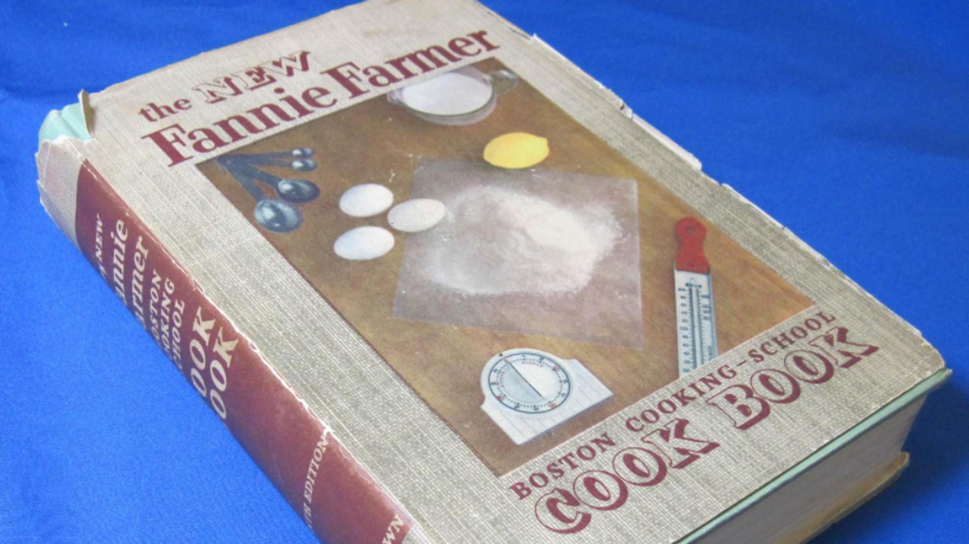 Uno de los libros de recetas de Marilyn Monroe, The New Fanny Farmer Boston Cooking-School Cook Book (El nuevo libro de cocina de la escuela de cocina de Boston de Fanny Farmer)  - Sputnik Mundo, 1920, 06.06.2021