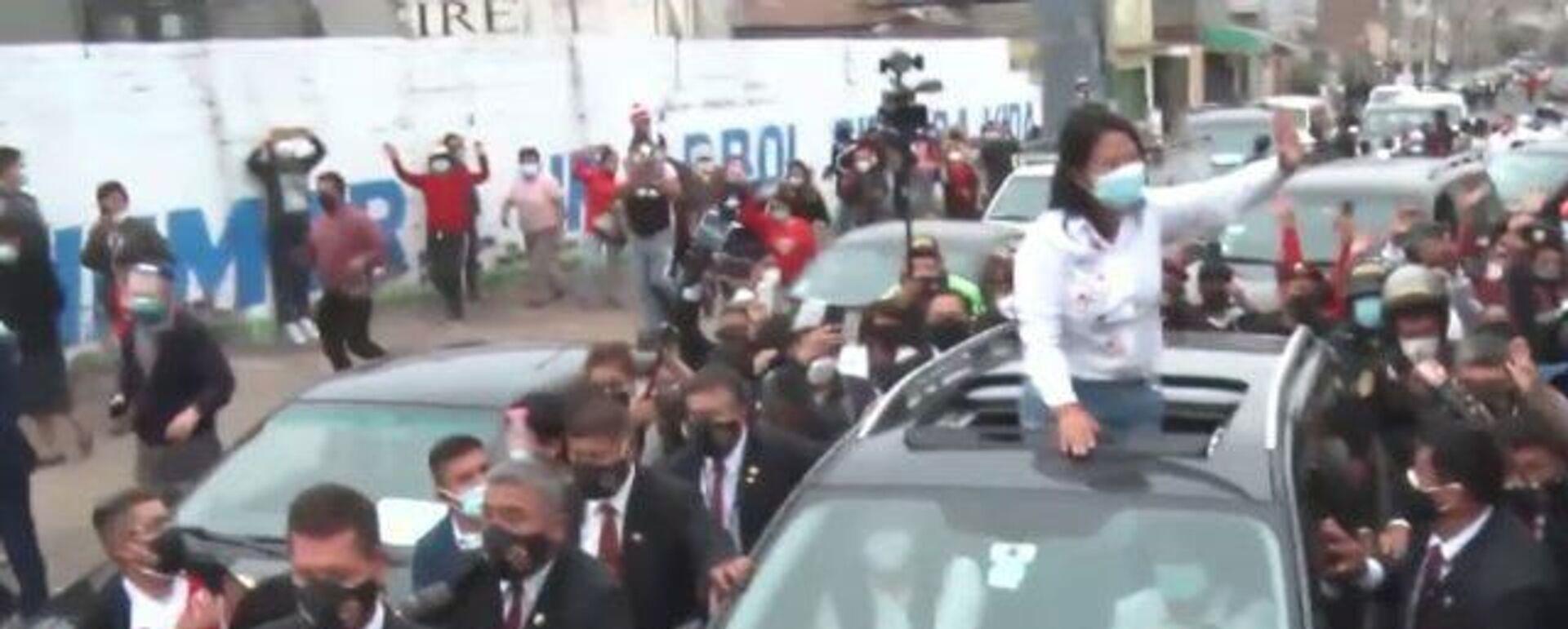Así fueron recibidos los candidatos presidenciales en Perú en el centro de votación - Sputnik Mundo, 1920, 07.06.2021