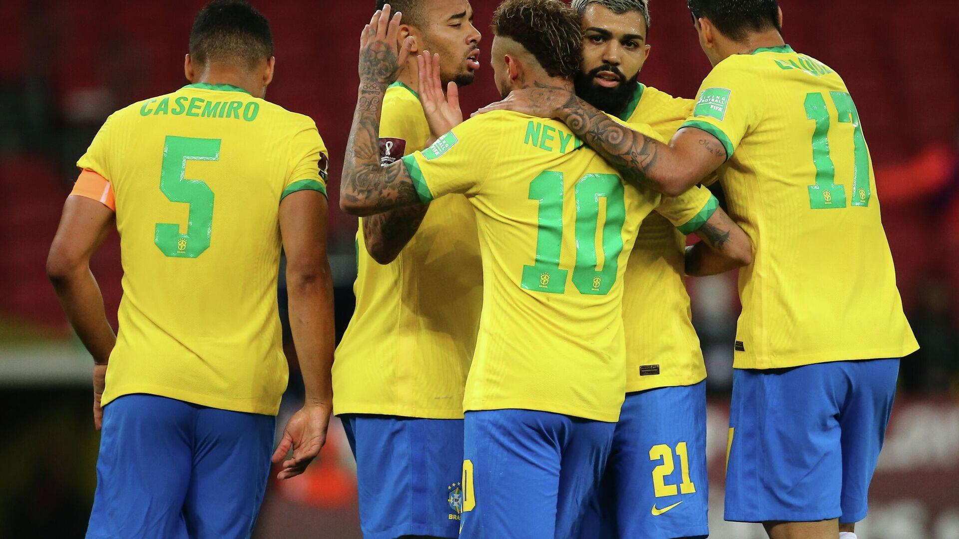 Jugadores de la selección de fútbol de Brasil - Sputnik Mundo, 1920, 08.06.2021