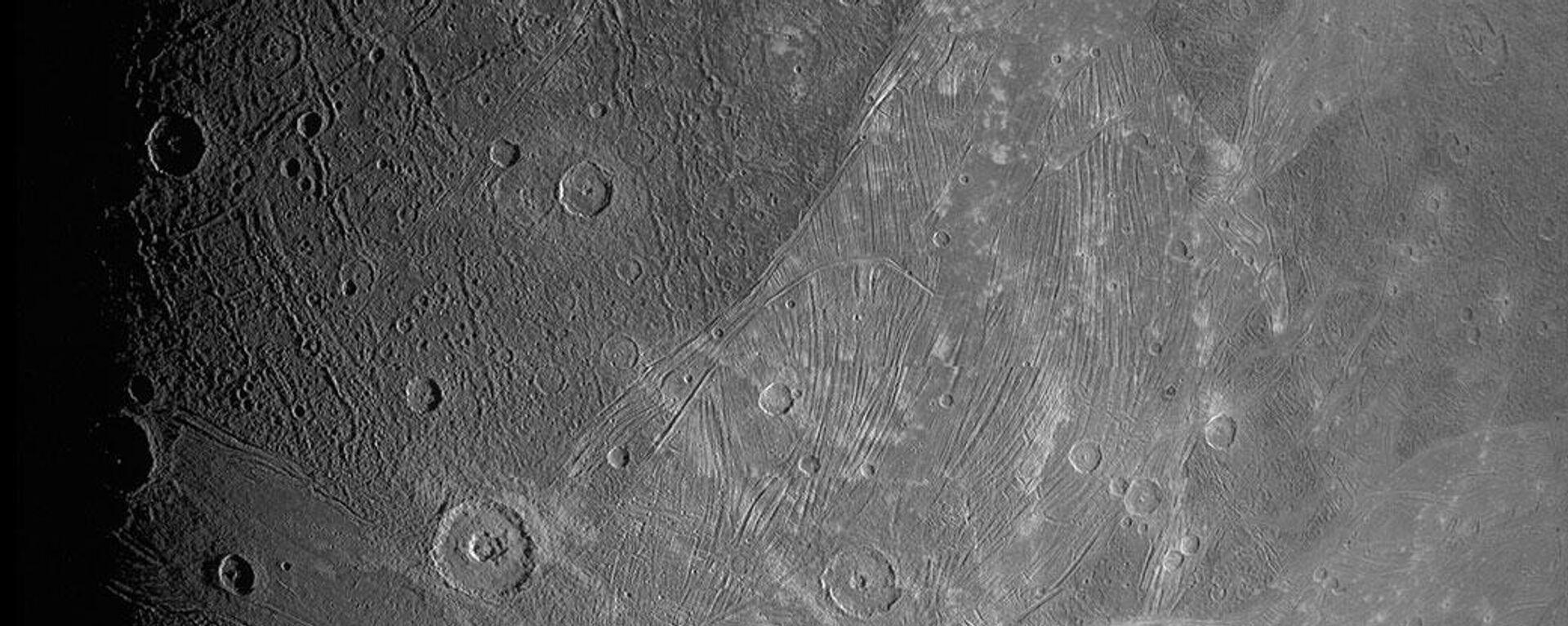 Ganímedes, la luna más grande de Júpiter - Sputnik Mundo, 1920, 08.06.2021