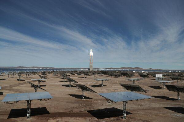 La inauguración de la primera planta de energía termosolar de Latinoamérica - Sputnik Mundo