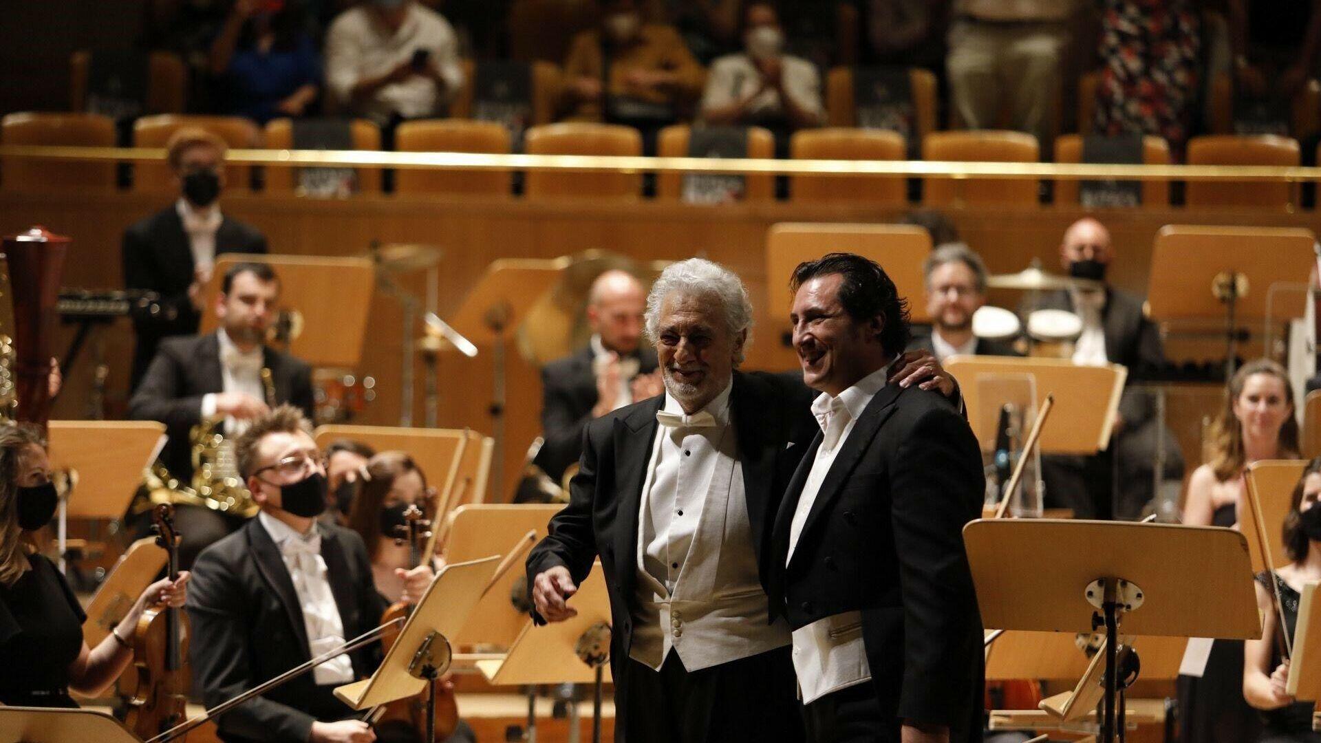 Aplausos y lágrimas: tremenda ovación a Plácido Domingo en Madrid tras su  vuelta a los escenarios - 10.06.2021, Sputnik Mundo