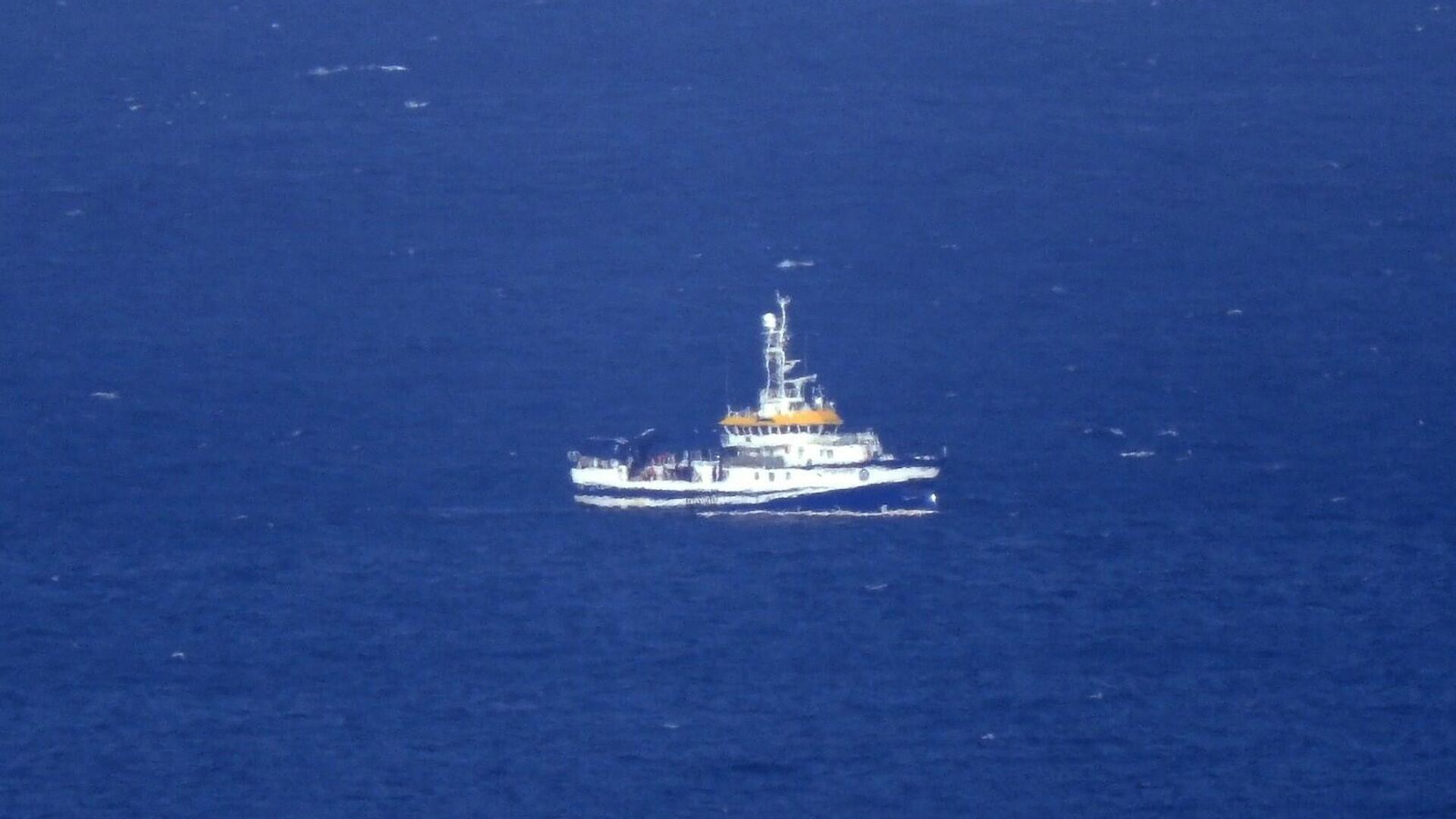 Buque oceanográfico 'Ángeles Alvariño' realiza labores de rastreo en la costa de Santa Cruz de Tenerife - Sputnik Mundo, 1920, 10.06.2021