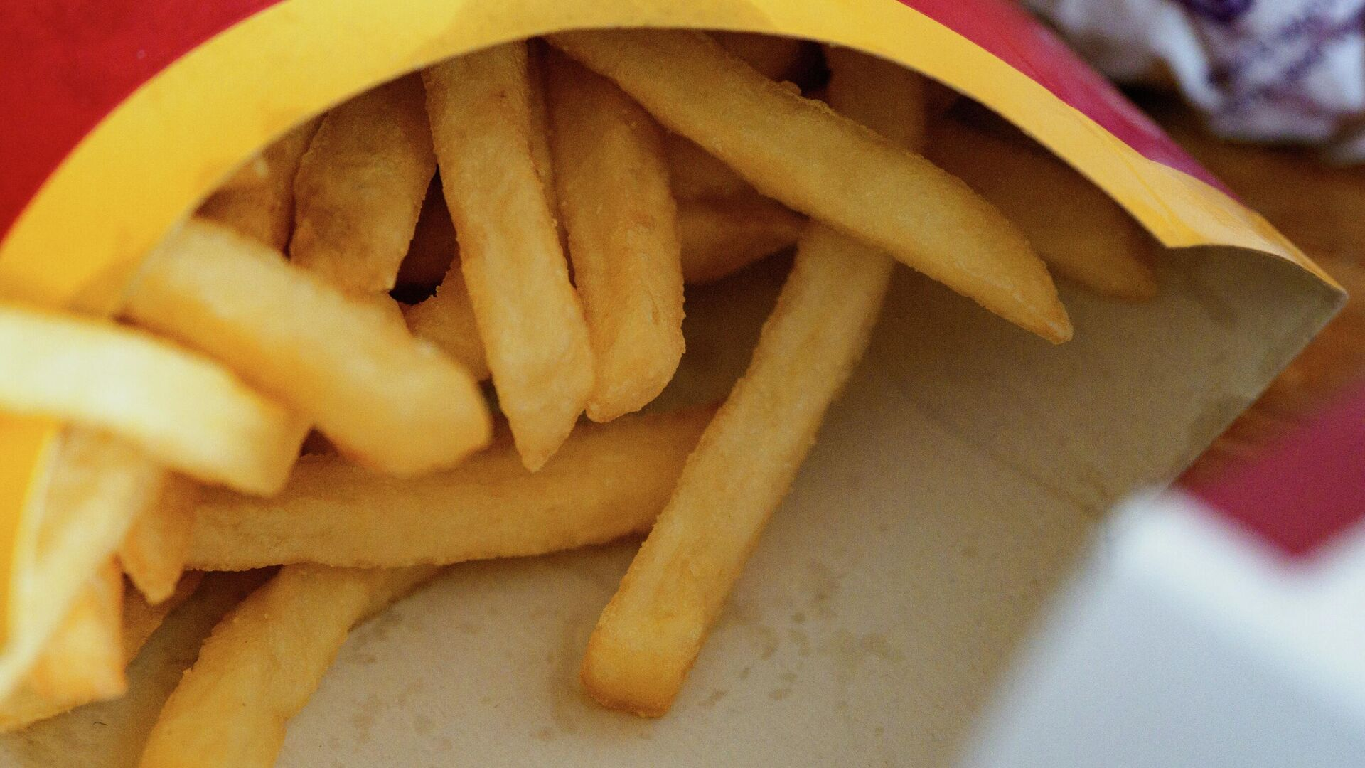 Unas papas fritas de McDonald's - Sputnik Mundo, 1920, 11.06.2021