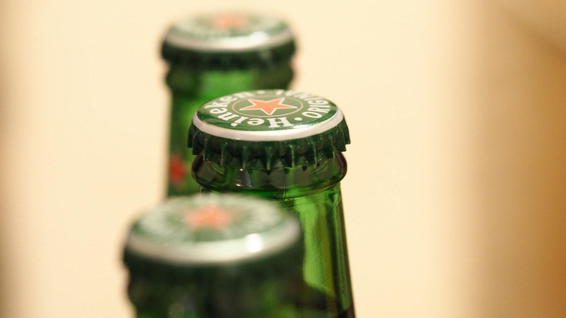 Una botella de Heineken - Sputnik Mundo, 1920, 16.06.2021