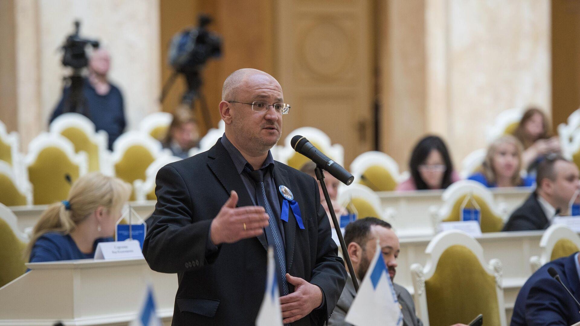 Maxim Réznik, diputado de la asamblea legislativa de San Petersburgo - Sputnik Mundo, 1920, 17.06.2021