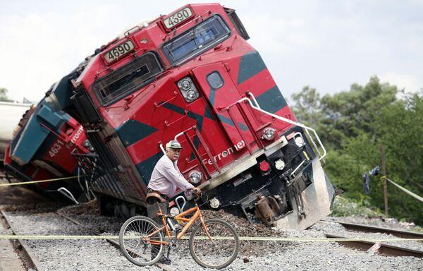 Un tren de carga se descarriló en Jalisco, México. - Sputnik Mundo