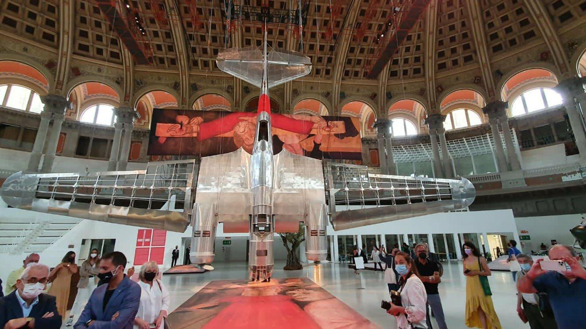 El Museo Nacional de Cataluña expone dos réplicas de aviones soviéticos de la Guerra Civil - Sputnik Mundo, 1920, 18.06.2021