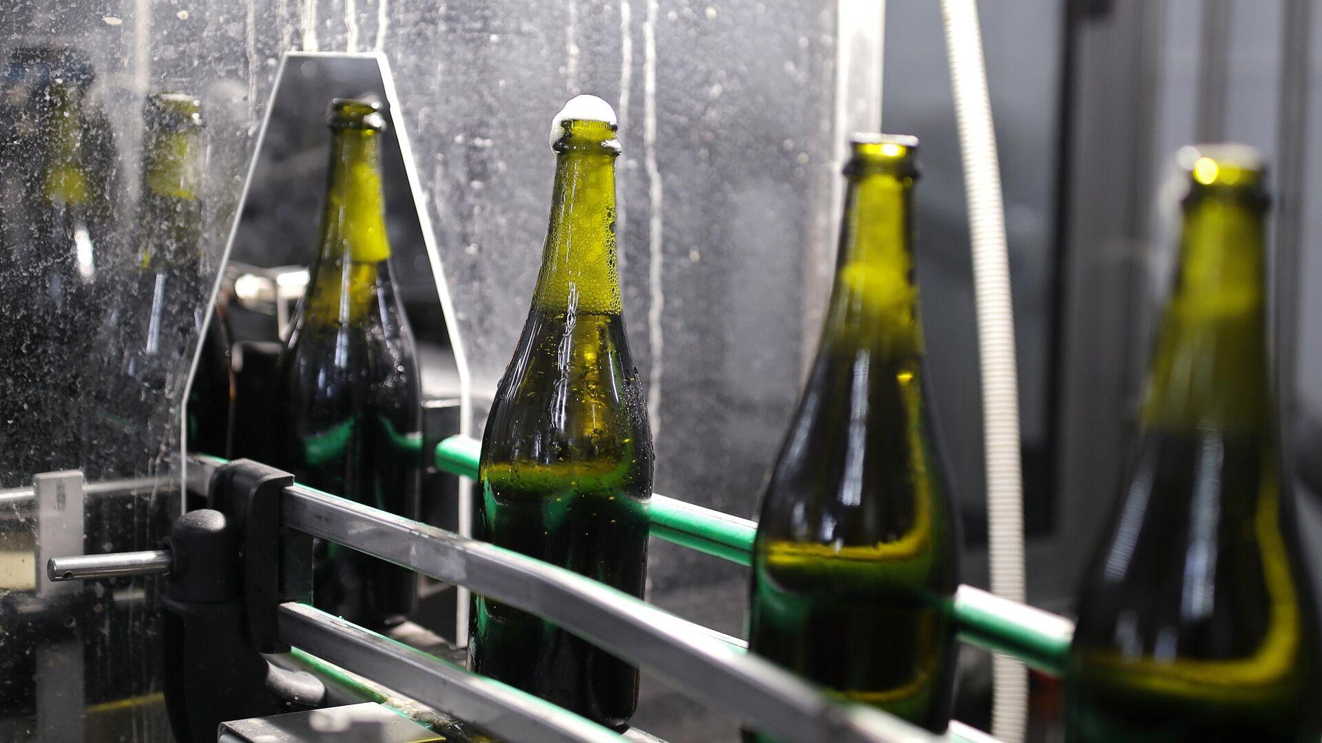 Botellas de espumante Abrau-Durso - Sputnik Mundo, 1920, 20.06.2021
