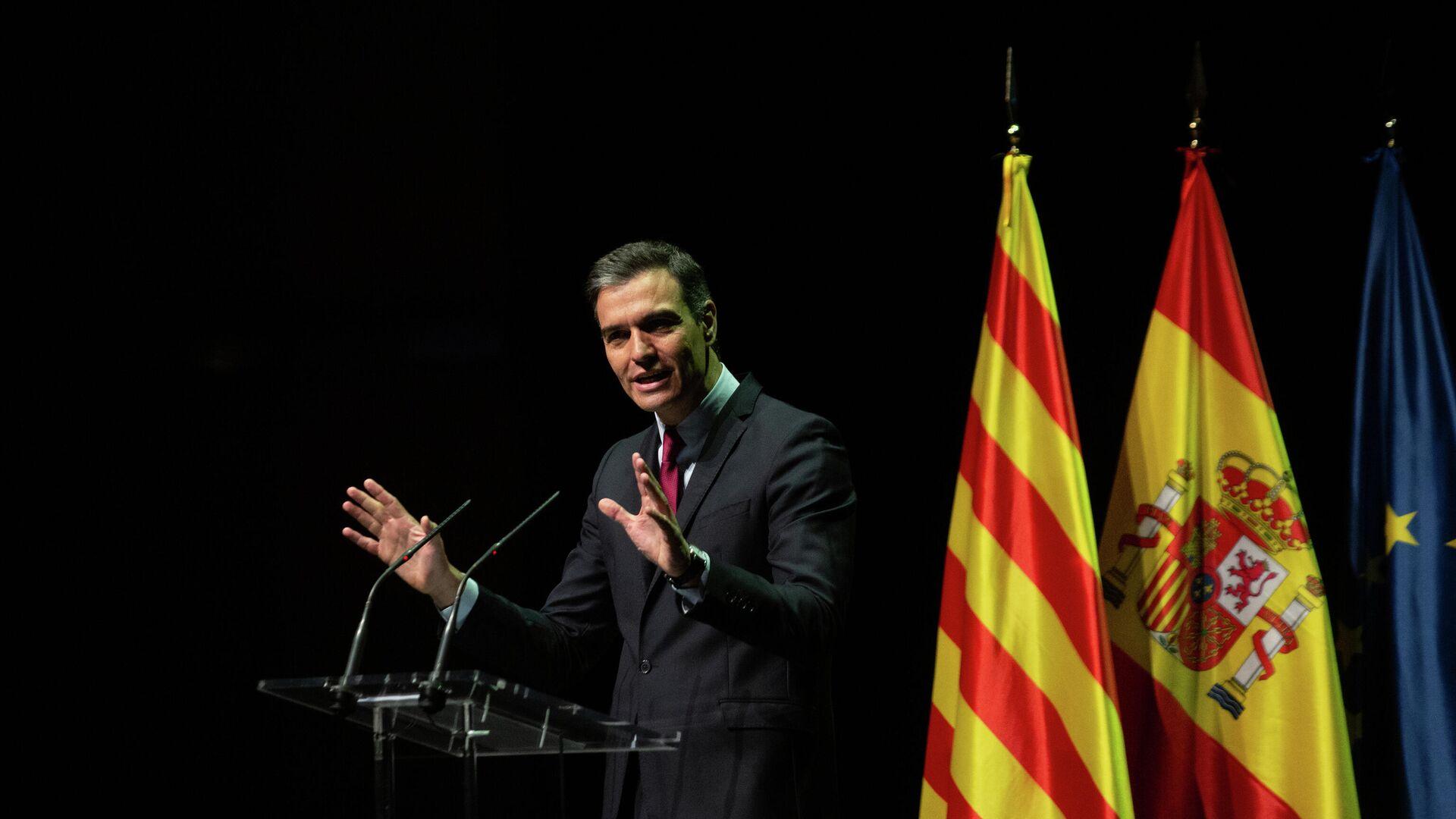 El presidente del Gobierno, Pedro Sánchez, durante la conferencia 'Reencuentro: un proyecto de futuro para toda España' - Sputnik Mundo, 1920, 22.06.2021