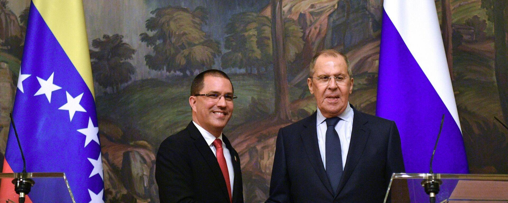Los ministros de Exteriores de Venezuela y Rusia, Jorge Arreaza y Serguéi Lavrov - Sputnik Mundo, 1920, 22.06.2021