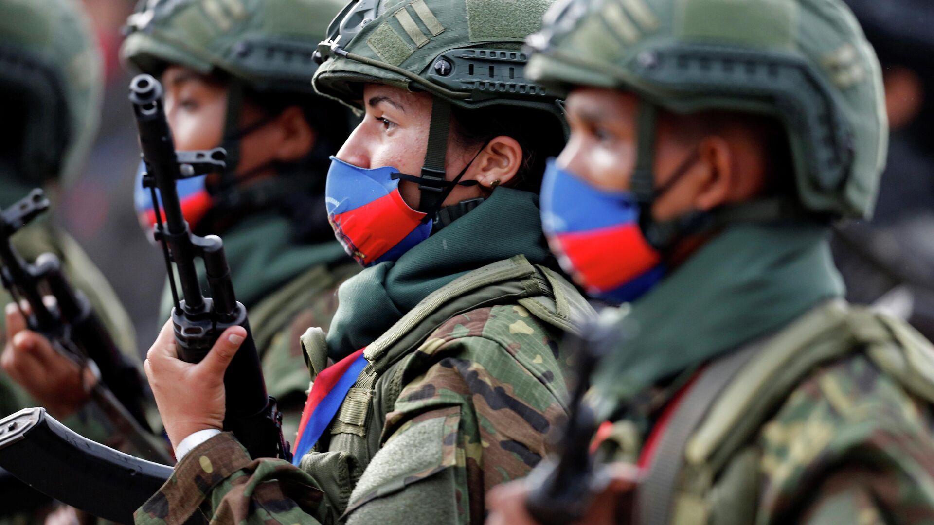 Marcha militar en honor al 200 aniversario de la Batalla de Carabobo en Valencia (Venezuela), el 24 de junio del 2021 - Sputnik Mundo, 1920, 24.06.2021