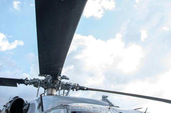 El helicóptero del presidente de Colombia, Iván Duque, tras el ataque - Sputnik Mundo