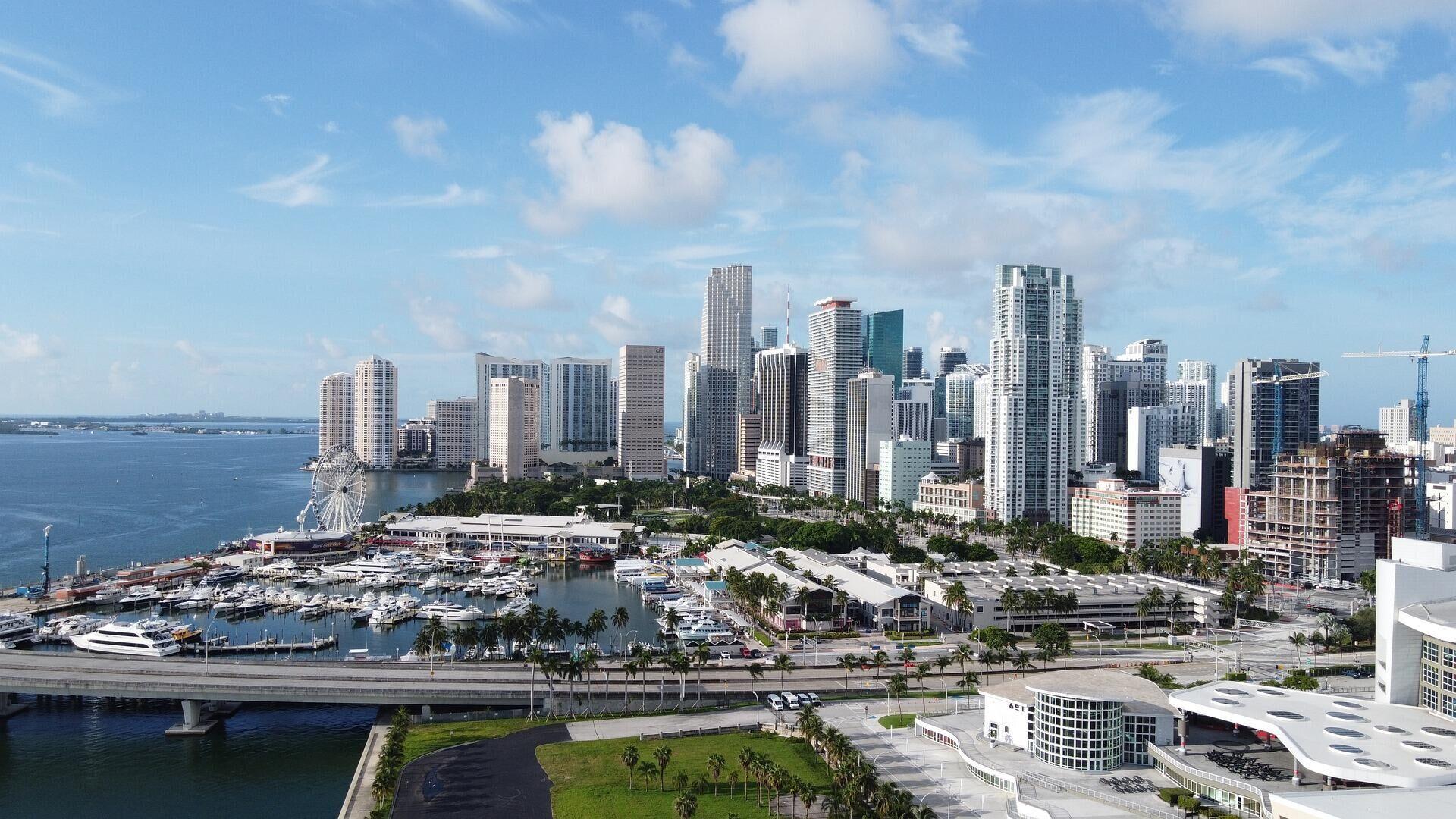 Rascacielos de Miami - Sputnik Mundo, 1920, 29.06.2021