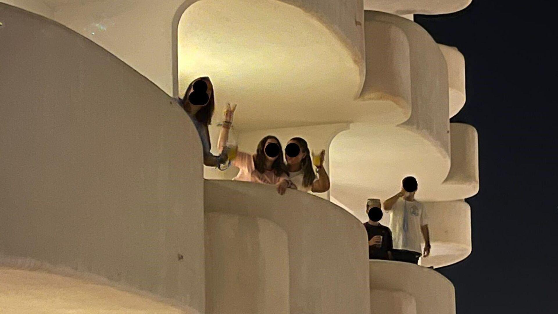 Estudiantes confinados en un hotel de Mallorca - Sputnik Mundo, 1920, 30.06.2021