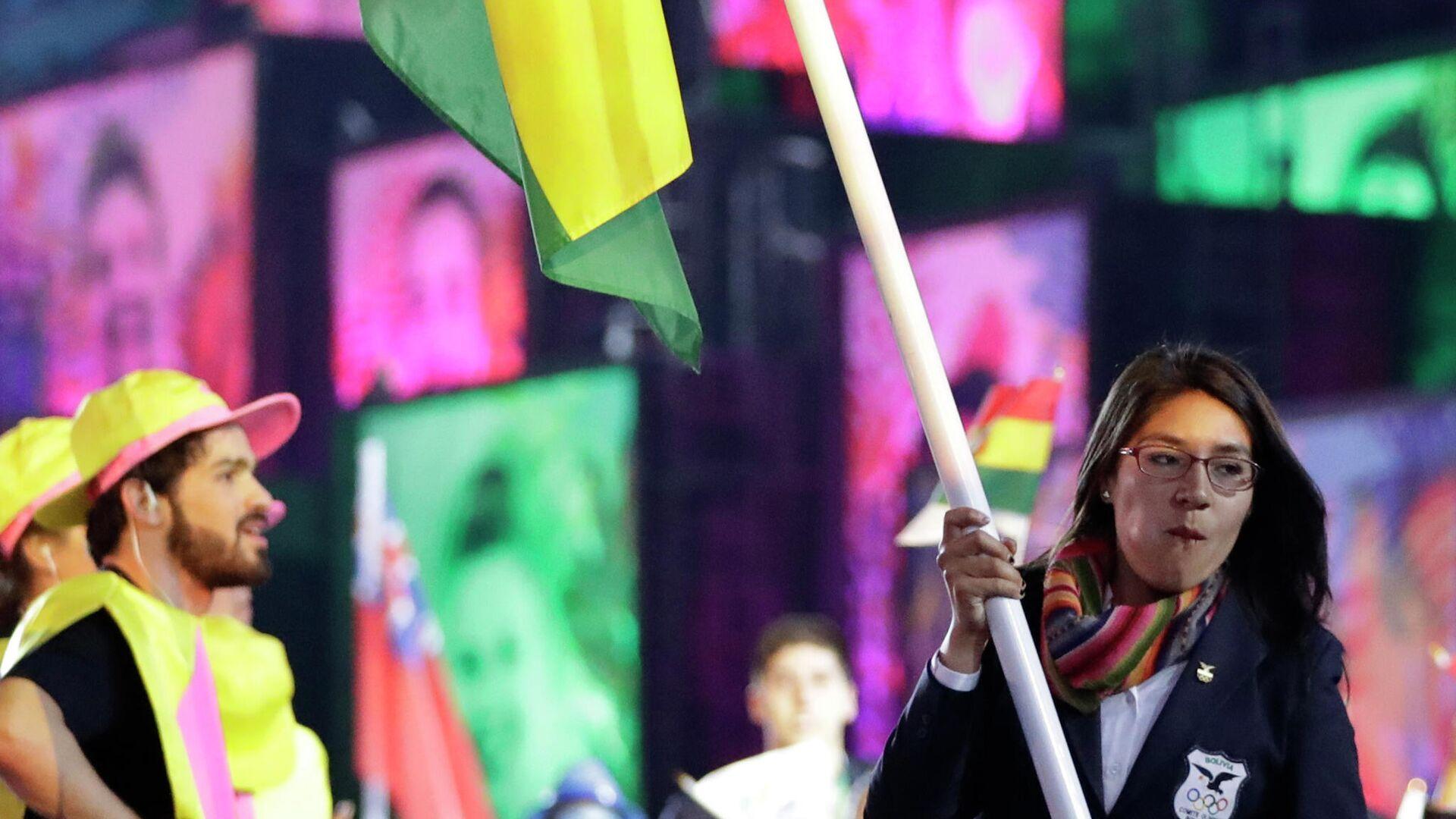 La atleta boliviana Ángela Castro, abanderada en los Juegos Olímpicos de Río 2016 - Sputnik Mundo, 1920, 01.07.2021