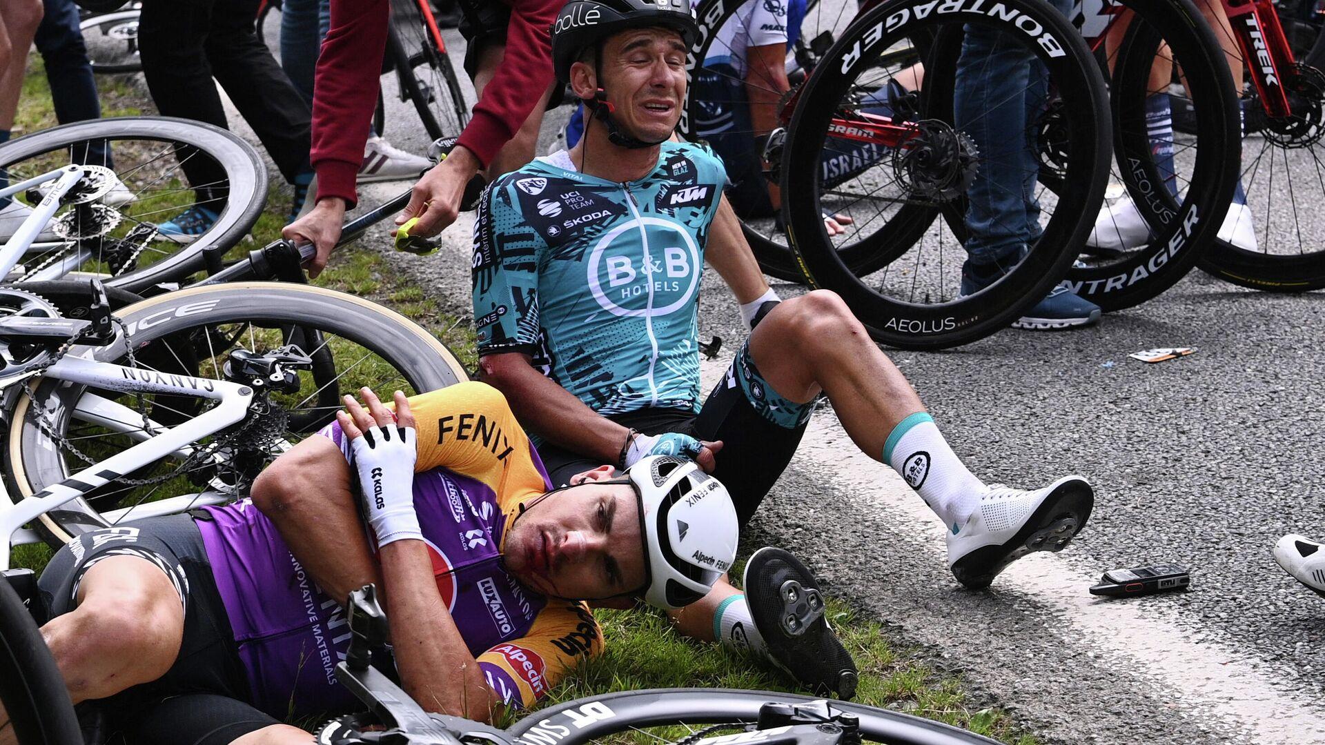 Accidente en el Tour de Francia - Sputnik Mundo, 1920, 01.07.2021