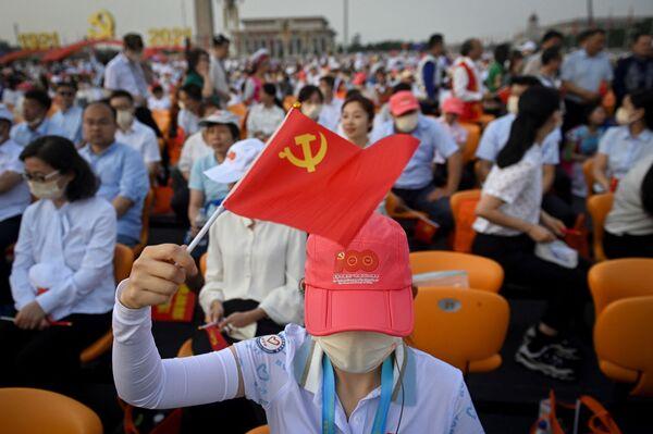 Las autoridades chinas mantienen estrictas medidas sanitarias. Por eso solo los periodistas completamente vacunados contra el COVID-19 pudieron recibir acreditación para las celebraciones. - Sputnik Mundo