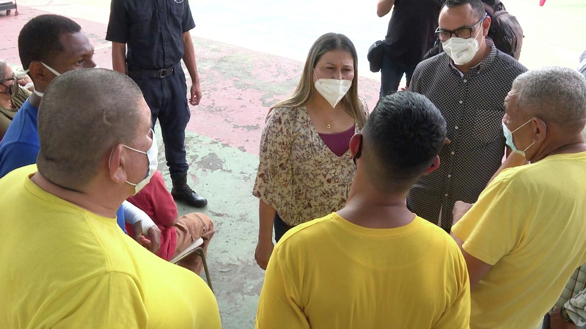 Ministra para el Servicio Penitenciario, Marelys Contreras, dialoga con internos del Centro de Formación del Hombre Nuevo Simón Bolívar - Sputnik Mundo, 1920, 02.07.2021