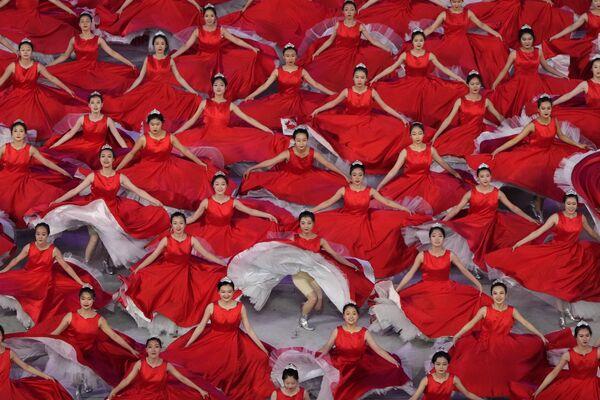 Un concierto de gala en Pekín para celebrar el centenario del Partido Comunista de China. - Sputnik Mundo