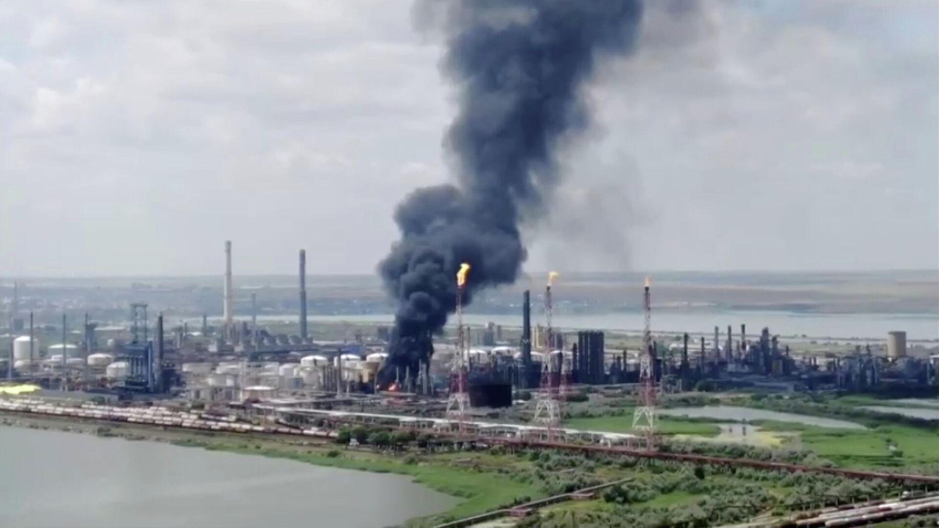Explosión en la refinería en Rumanía - Sputnik Mundo, 1920, 02.07.2021