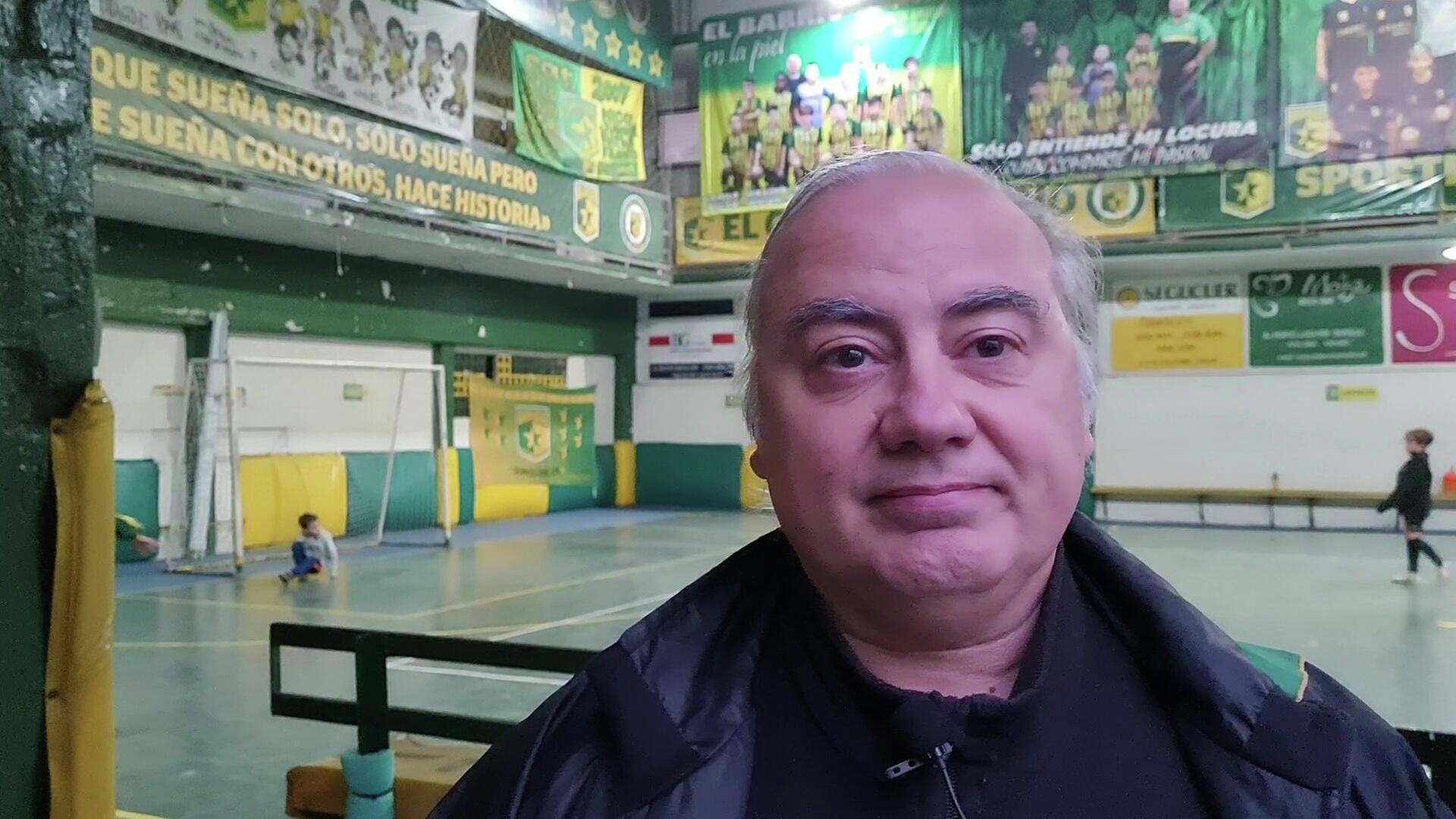 Ricardo 'Conejo' Elsegood es el coordinador de la escuela de fútbol y futuro presidente del club - Sputnik Mundo, 1920, 02.07.2021