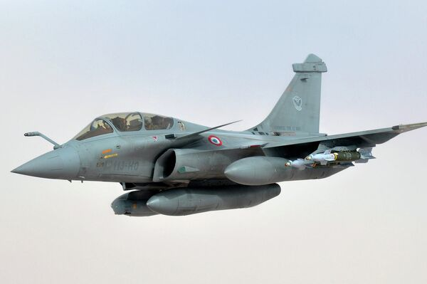 Caza francés Dassault Rafale - Sputnik Mundo