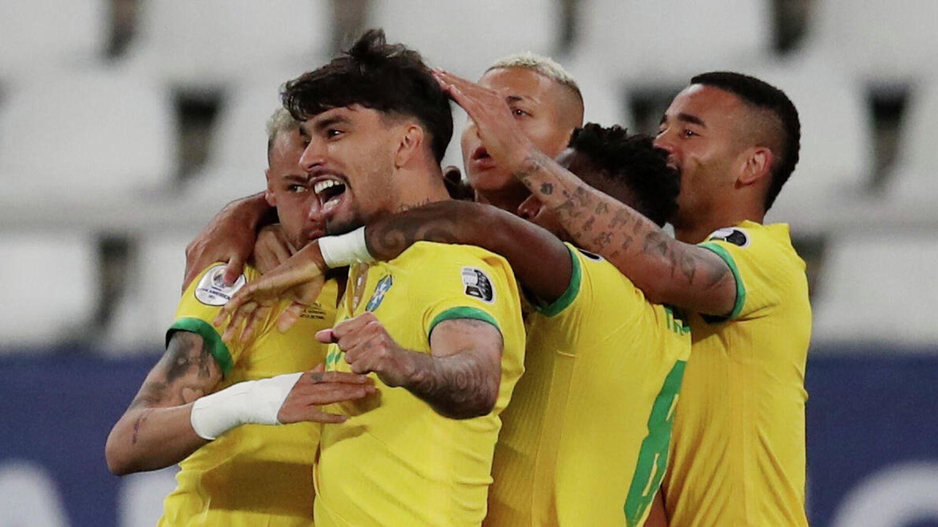 Jugadores de la selección de fútbol de Brasil - Sputnik Mundo, 1920, 03.07.2021