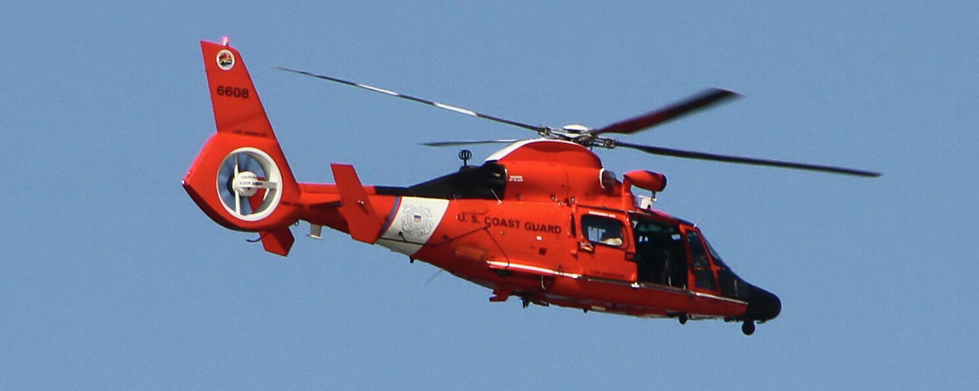 Un helicóptero de rescate de la Guardia Costera de EEUU - Sputnik Mundo, 1920, 03.07.2021