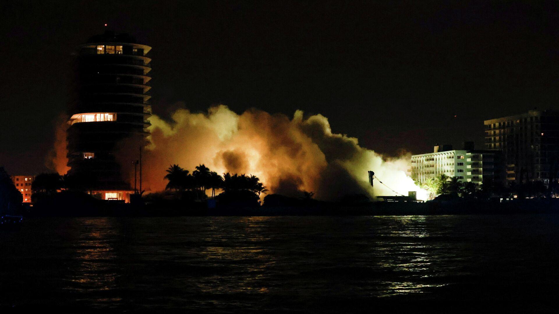 Demolición del edificio colapsado en Miami, EEUU - Sputnik Mundo, 1920, 05.07.2021