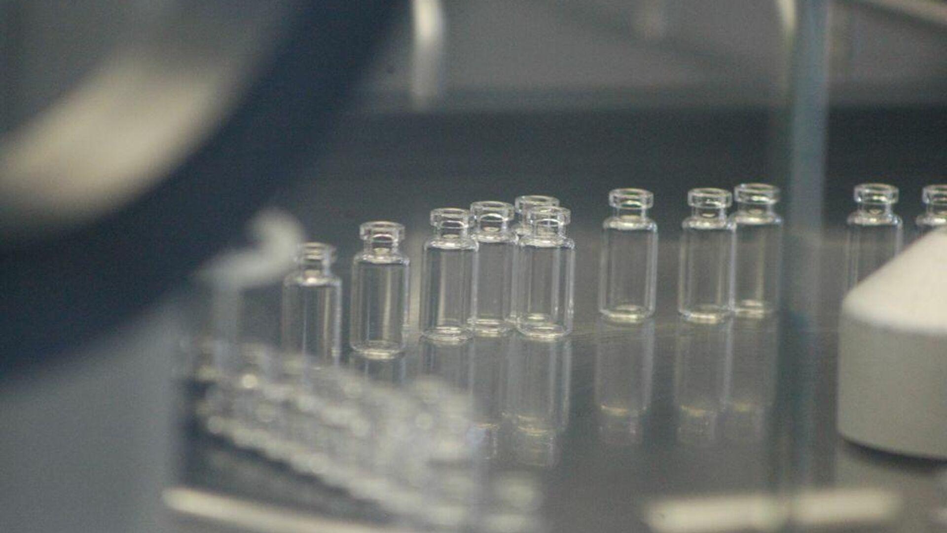 Las autoridades sanitarias del Gobierno de México, a través del estatal Laboratorios de Biológicos y Reactivos de México (Birmex), comenzaron la prueba piloto de envasado de la vacuna rusa Sputnik V contra el nuevo coronavirus. - Sputnik Mundo, 1920, 06.07.2021