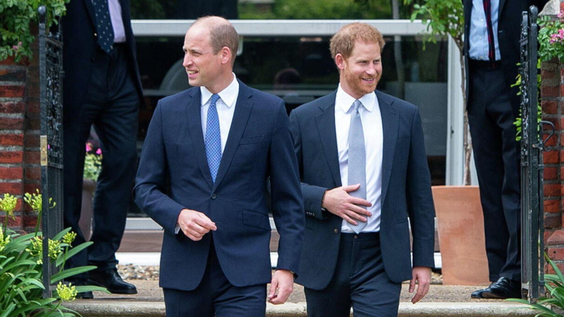 William y Harry, príncipes de Reino Unido - Sputnik Mundo, 1920, 07.07.2021