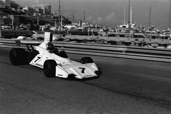Carlos Reutemann conduciendo su modelo Brabham, en las pruebas del Gran Premio de Mónaco de Fórmula 1. Mónaco, 25 de mayo de 1974. - Sputnik Mundo