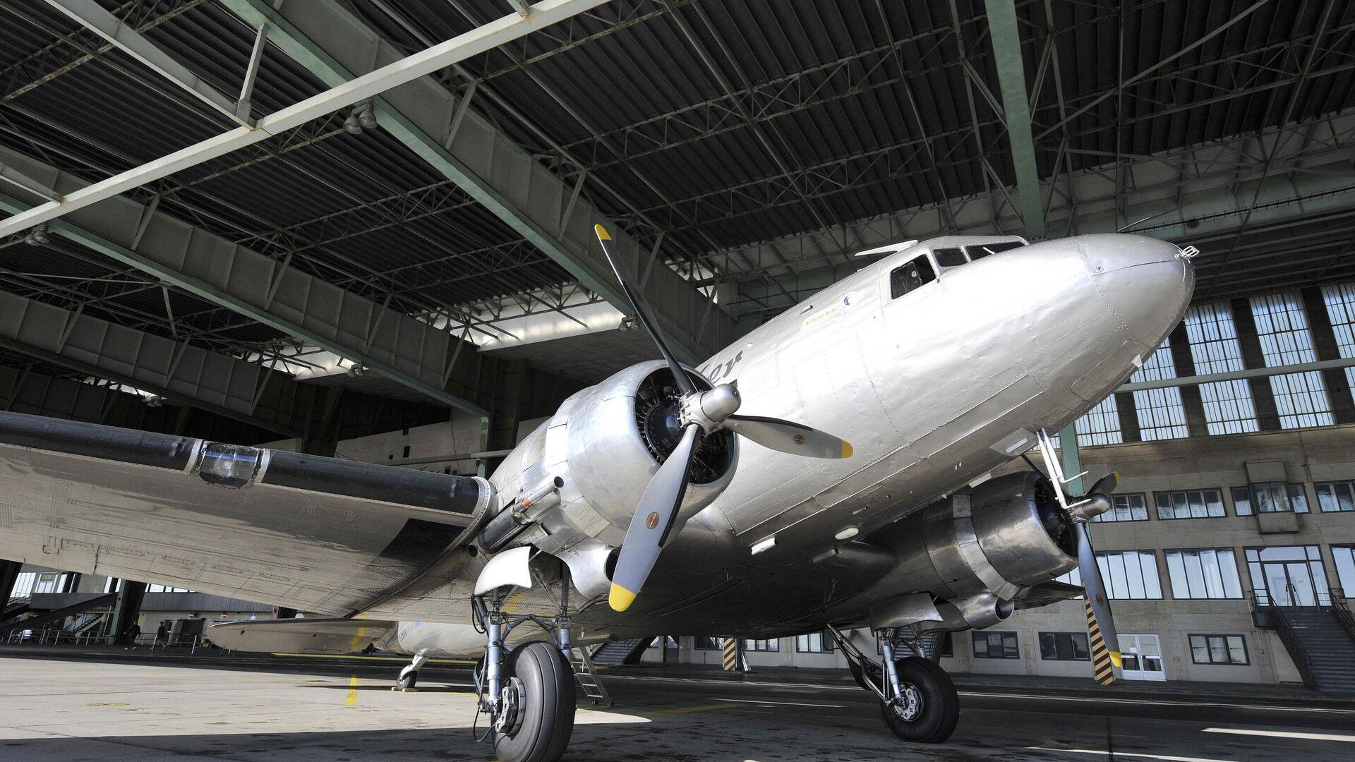 Avión tipo Douglas DC-3 - Sputnik Mundo, 1920, 10.07.2021