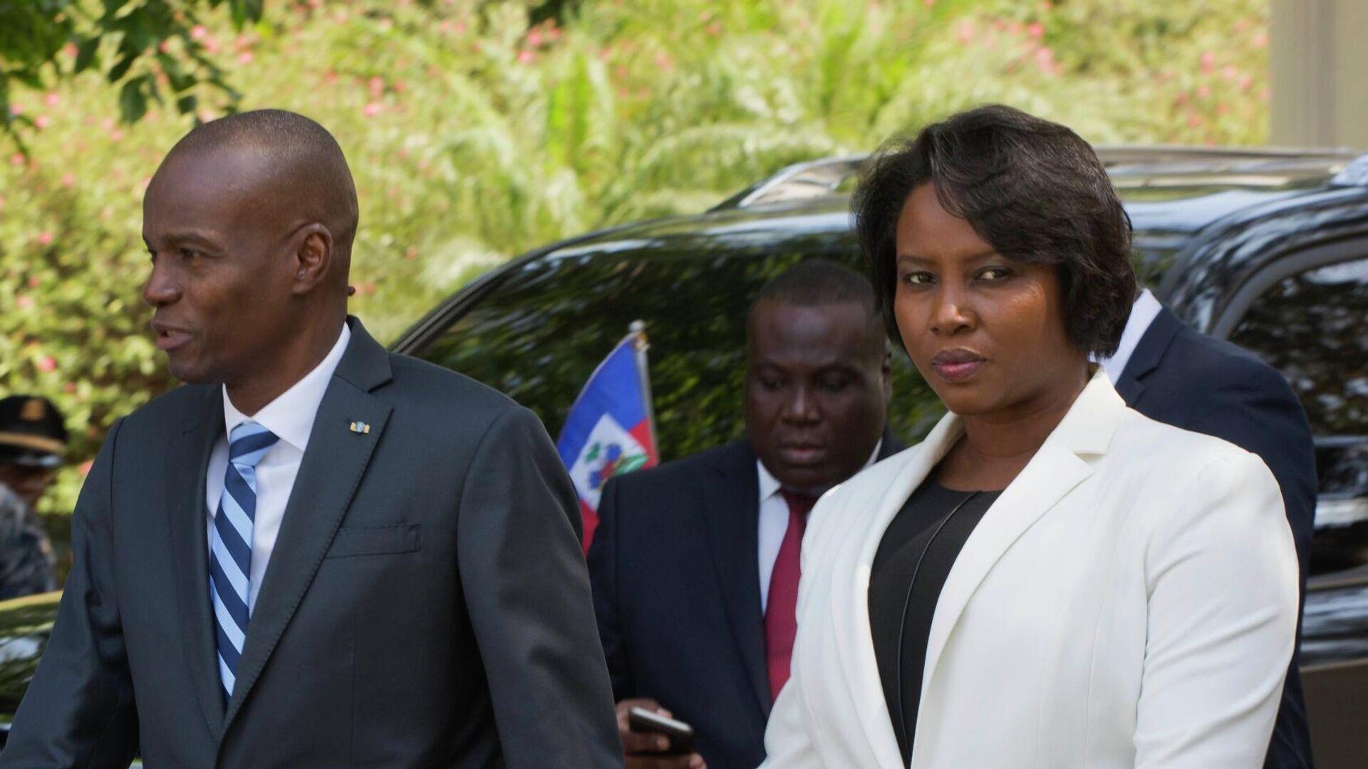 Jovenel Moise, expresidente de Haití y su esposa Martine (archivo) - Sputnik Mundo, 1920, 10.07.2021
