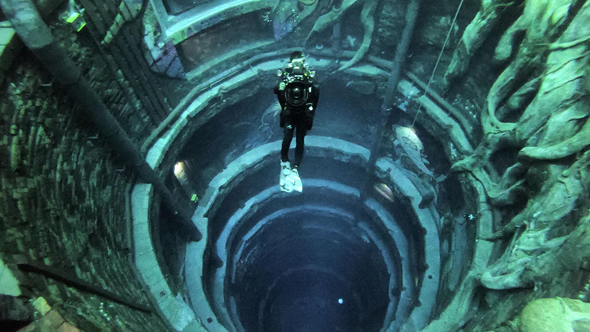 La piscina Deep Dive en Dubái - Sputnik Mundo, 1920, 12.07.2021