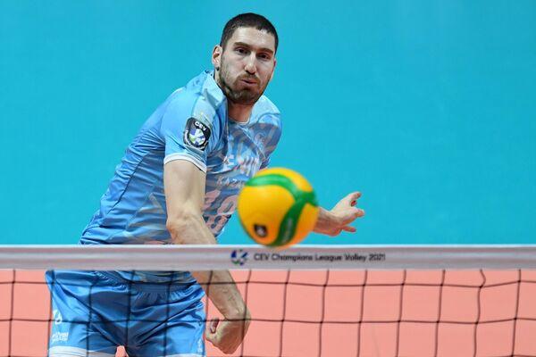 Maxim Mijáilov, voleibolista ruso - Sputnik Mundo